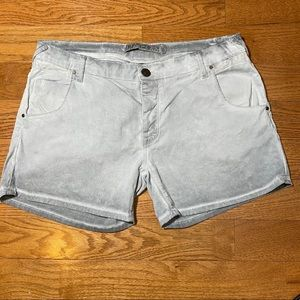 ZARA Trafaluc TRF Button-Fly Shorts